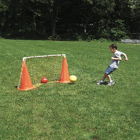 FLAGHOUSE Easy - Going Goal with 28' Cones
